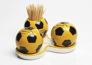 Imagem de Conjunto de Saleiro, Pimenteiro e Paliteiro de Bola de Futebol – Modelo 3