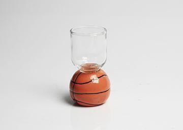 Imagem de Taça para Dose com Base de Bola de Basquete – 28 ml